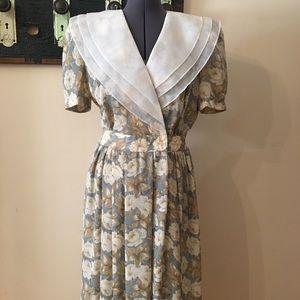 Vintage Leslie Faye Petite Collection Floral Dress
